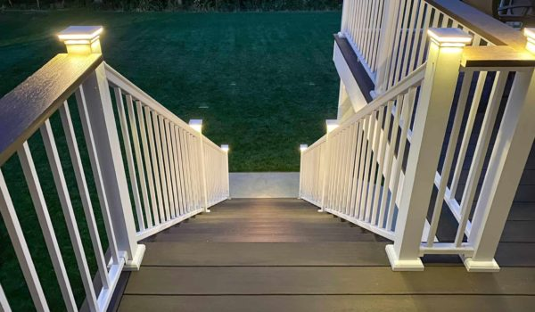 10 Best Solar Deck Lights Reviews and Guide for 2020
