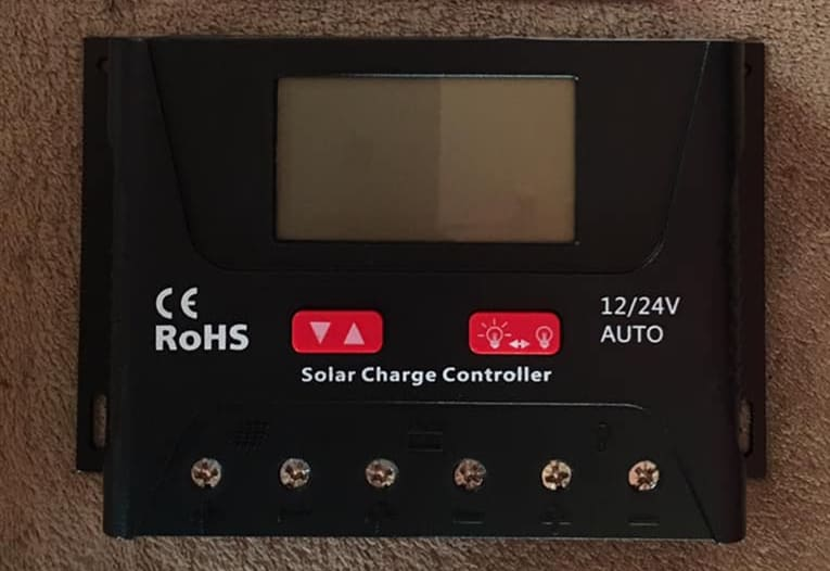 HQST 30 Amp PWM Smart Solar Charge Controller Manual