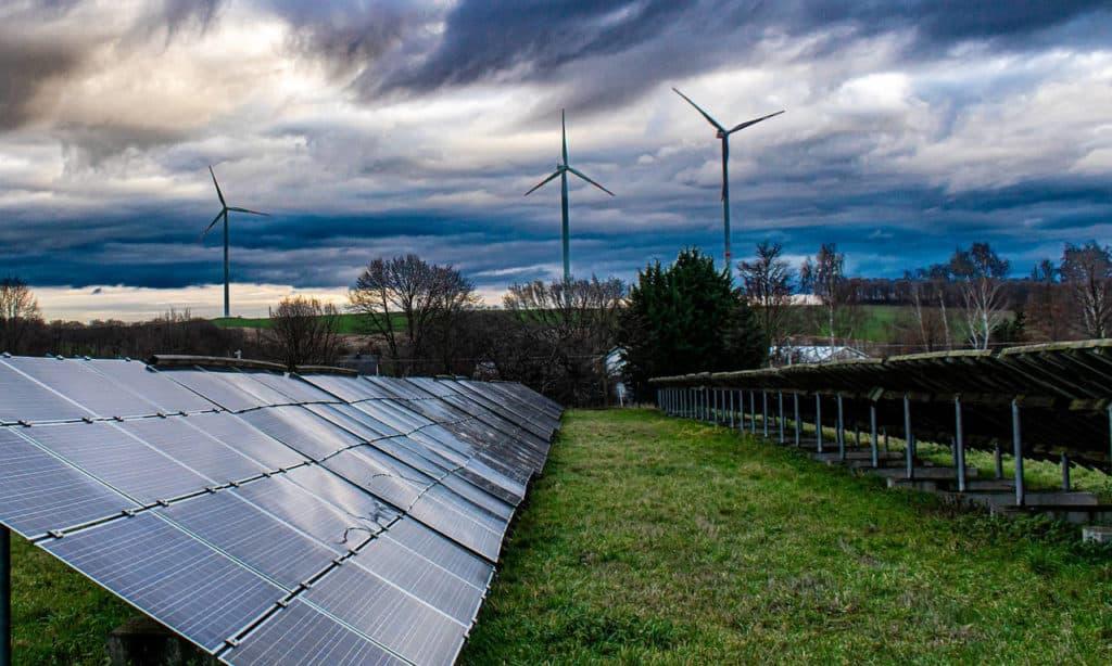Do Solar Panels Work On Cloudy days