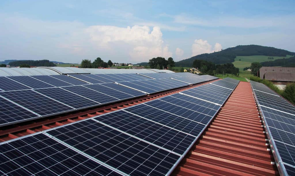 how much electricity do solar panels produce