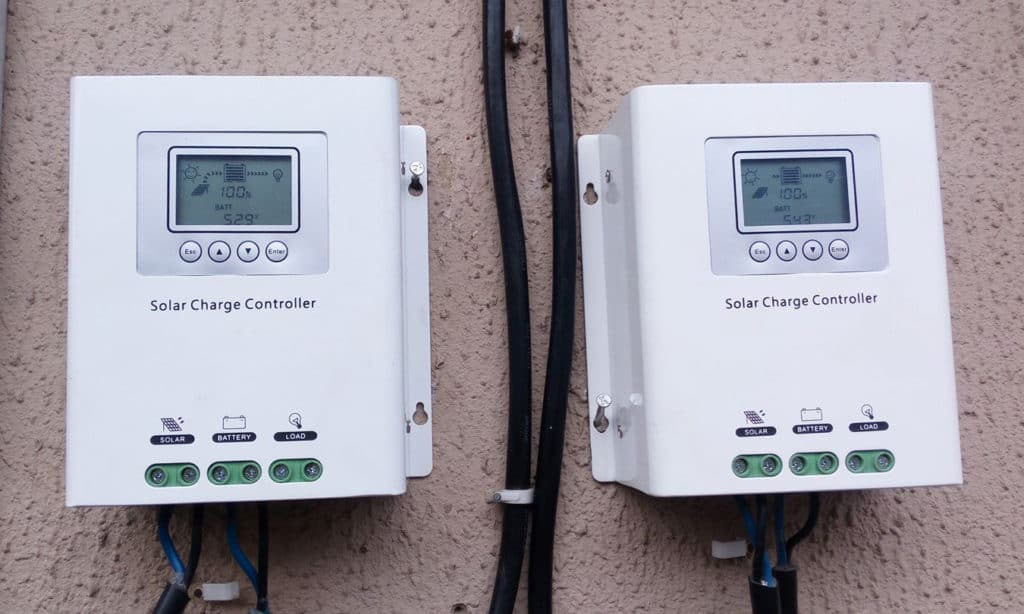 solar panel charge time calculator