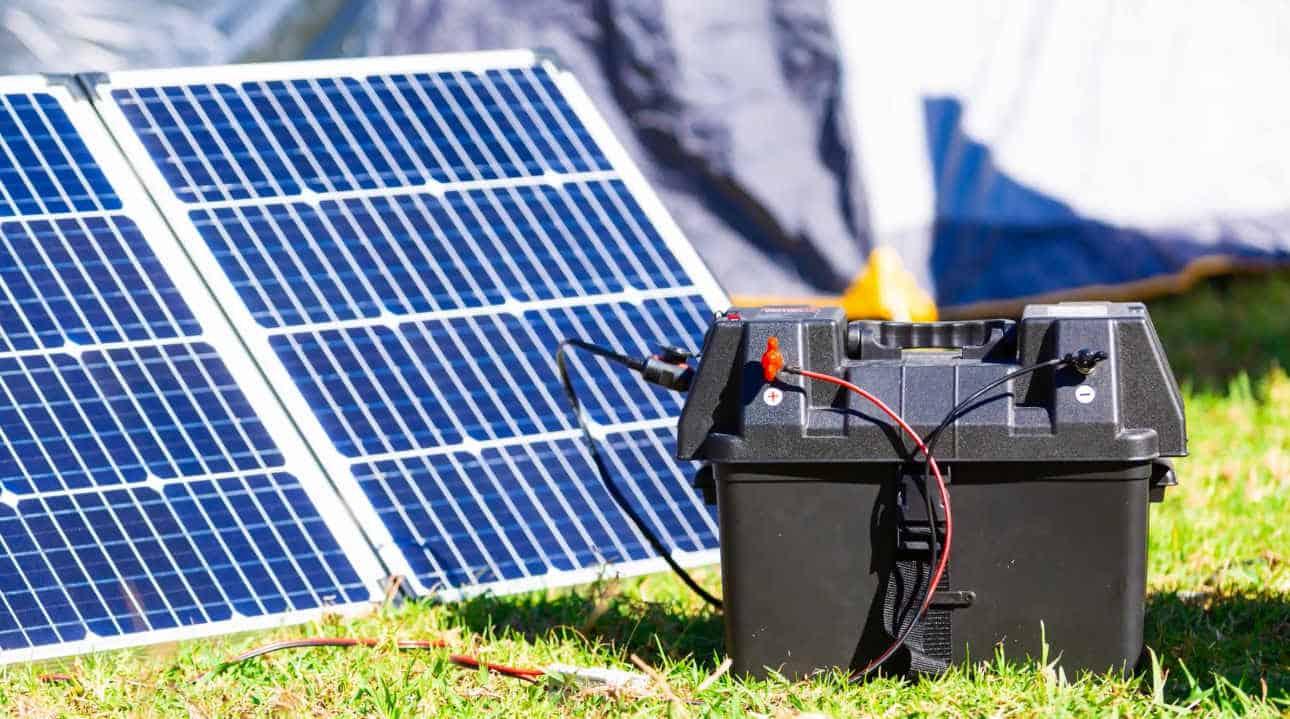 solar panels work at night