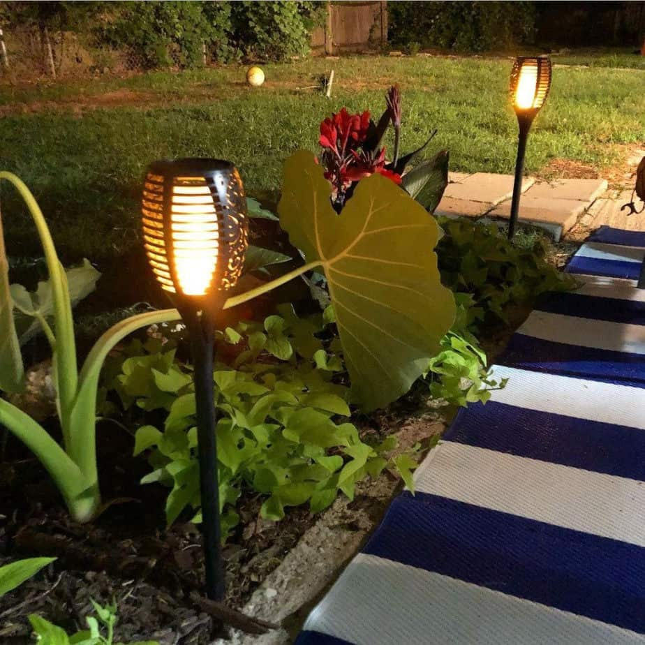 outdoor lighting without electricity