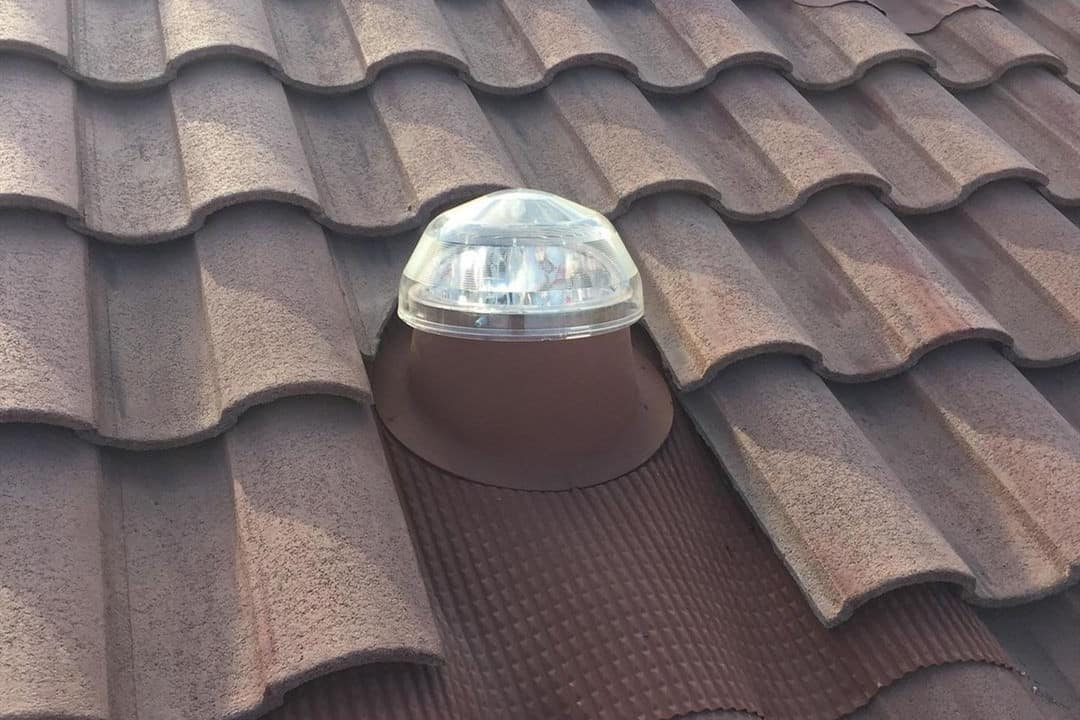 solar tubes pros and cons