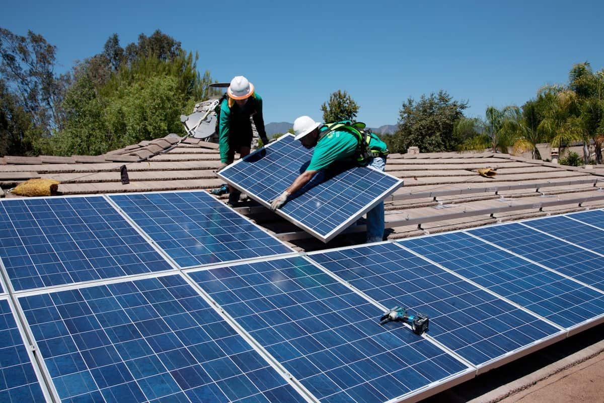 lease solar panels