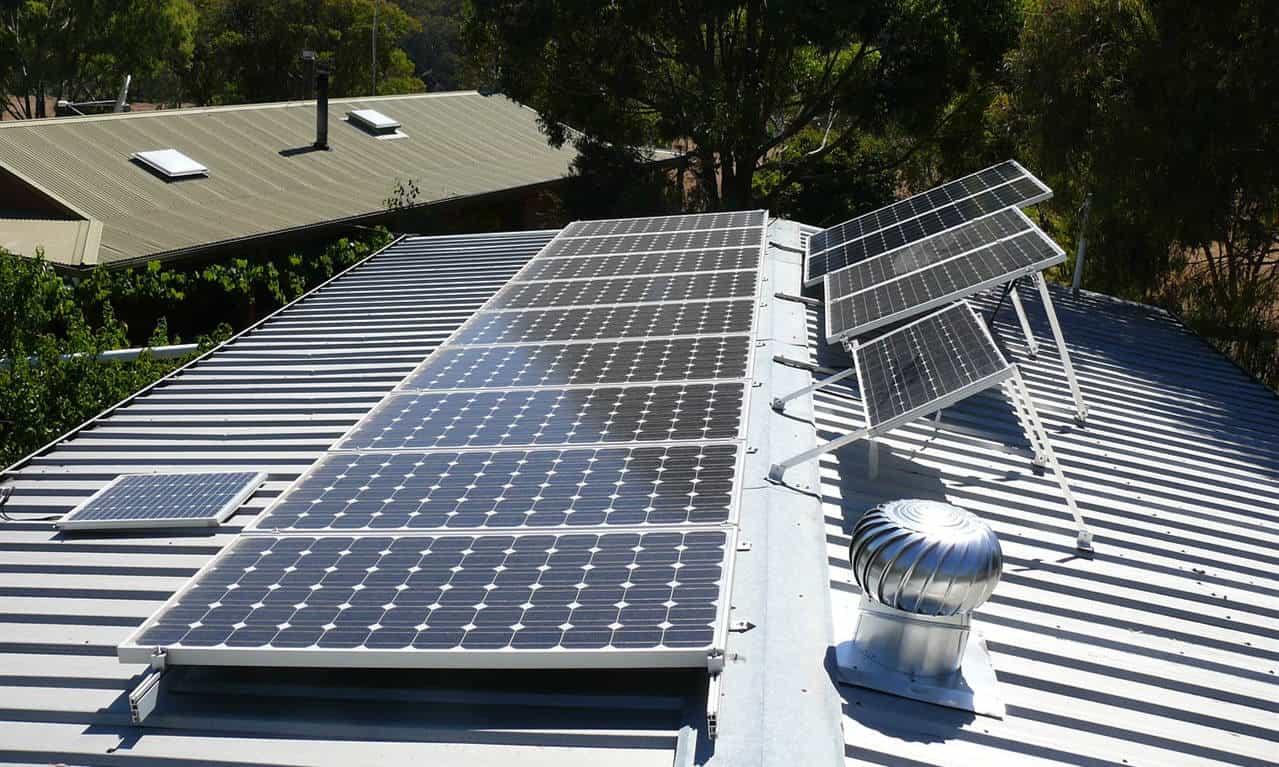 leasing vs buying solar panels