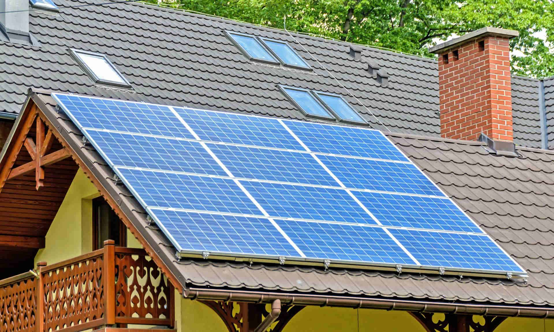 solar thermal panels vs photovoltaic panels